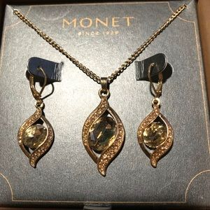 New Monet Earring and Necklace Gold Stone Set